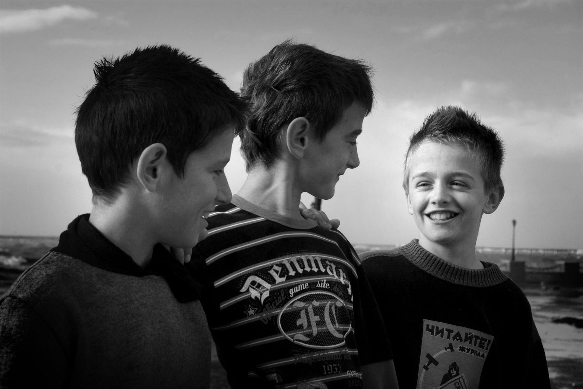 Tre ragazzi in Albania